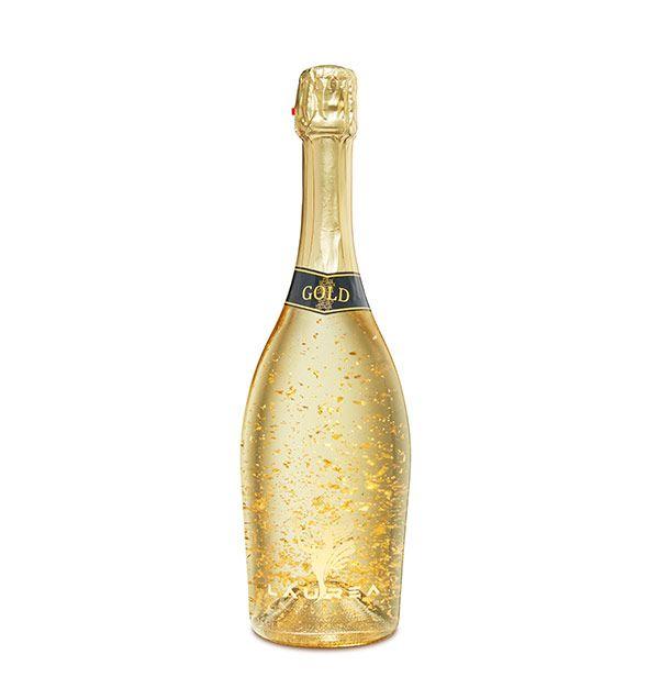 Laurea Gold białe wytrawne - brut wino gazowane z 23-karatowymi kawałkami złota. Laurea Company sro